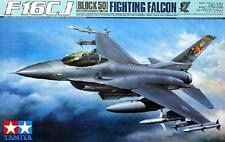 Tamiya 60315 1/32 Model Kit USAF Lockheed Martin F-16CJ Block 50 Fighting Falcon