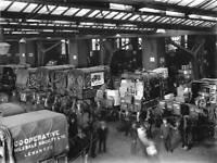 Loading bay at Bishopsgate goods yard, London, 1925. OLD RAILWAY PHOTO