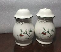 Winterberry Christmas 3.5 Inch Pfaltzgraff Set of Salt & Pepper Shakers