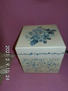 "Large Floral Blues Box by BOB'S BOXES 2002 8"" square"