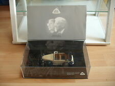 Minichamps Maybach DS8 Zeppelin in Black/Cream White on 1:43 in Box