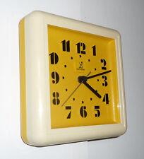 Belle Horloge Pendule  JAZ  JAUNE  Des Années 60's / 70's  mar16