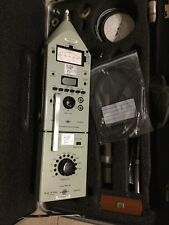 Bruel & Kjaer Precision Sound Level Meter TYPE 2218 and type 1613