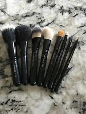Genuine Mac Make Up Set of 8 Travel Size Brushes Excellent Clean Condition
