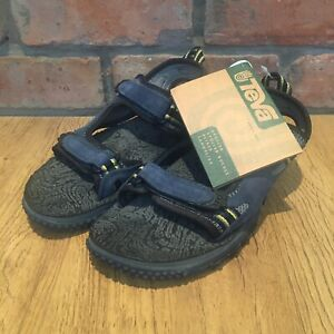 NEW WITH TAGS Teva sport sandals size 8