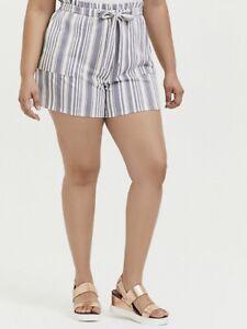 Torrid Paperbag Waist Midi Shorts Ponte Stripe grey Size 00 Med/large 10 NWT
