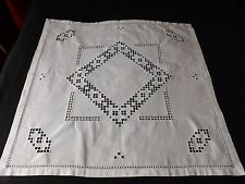 "VINTAGE WHITE HARDHANGER EMBROIDERED  TABLE CLOTH  - 32"" BY 32"""