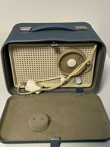 Röhrenradio BRAUN SK 2/2 - Designklassiker aus dem Jahr 1959 Im Original Koffer