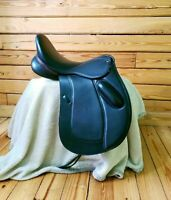 Dressage leather changeable  saddle Size 17""