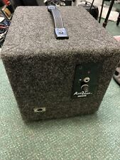AxeTrak At-408 Iso Guitar Cab, with Built In Mic