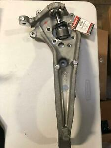Genuine Ford Knuckle 6W4Z-3K185-AA (Ball joint is disassembled)