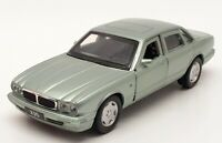 Tayumo 1/36 Scale Pull Back & Go 36100021 - Jaguar XJ6 - Seafrost