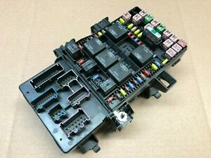 2005 FORD EXPEDITION MULTIFUNCTION MODULE FUSE JUNCTION BOX 5L1T-14A067-AC OEM