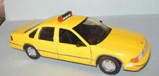 SUPERIOR 1996 CHEVROLET CUSTOM CAPRICE YELLOW CAB  1/24 SCALE DIECAST