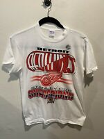 Vintage Detroit Red Wings NHL Stanley Cup Champions 1997 Deadstock Medium Shirt
