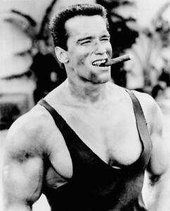 Arnold Schwarzenegger Zigarre Kunstdruck 40,5 x 51 cm