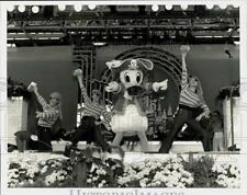 """Press Photo Donald Duck at """"Disney World is Your World"""" Tencennial Show"""