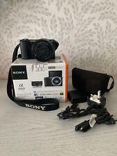 Sony a5000 Mirrorless Fotocamera 20.1MP 16-50mm Lens con Scatola e caso