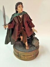 FRODO BAGGINS LOTR 1:4 PREMIUM FORMAT FIGURE by Sideshows Collectibles MINT!