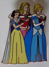 DisneyShopping Christmas Window Surprise Pin Set Princess Carolers Pin Le