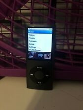Apple iPod nano 4th Generation Black (8GB) w/ charging cord