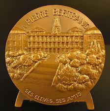 Médaille à Pierre Bertrand vue de l'Hopital de la Croix Rousse à Lyon Medal