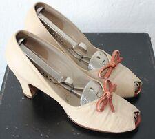 Vintage FLORSHEIM 1950's Women's Linen Peep Toe Heels Leather Sole Size 7
