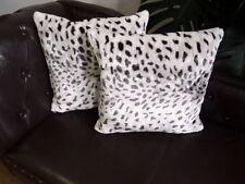 Kissen Kissenhülle Dekokissen im Tierfell - Design Modell Schnee - Leopard
