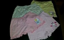 4 Shorts Gr. 140 NEU Disney Princess, Snoopy
