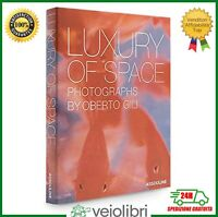 Libro di fotografie LUXURY OF SPACE photographs by Oberto Gili interni raro