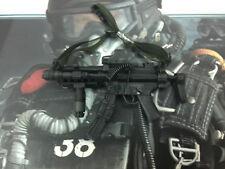 Hot toys Halo UDT ( Jump suit version ) - 1/6th Scale sub-machine gun