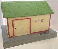 American Flyer No. 585 Tool Shed Early Green Painted Crinkle Finished Roof