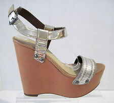 *Womens VERA WANG silver leather wedges sandals sz. 6 M NEW!