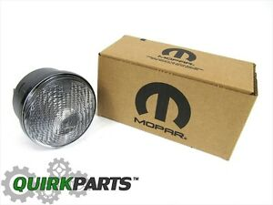 07-18 Jeep Wrangler FRONT DRIVER SIDE TURN SIGNAL LAMP CLEAR LENS  NEW MOPAR