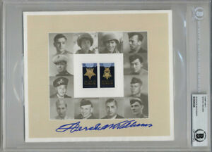 HERSHEL WILLIAMS SIGNED USPS #4822-23 MEDAL OF HONOR STAMP SHEET BECKETT BAS