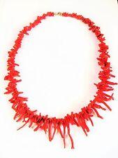 Antike Halskette mit Astkorallen