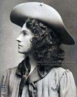 1903 Vintage 8x10 Photo * ANNIE OAKLEY * Old West Sharpshooter * New York City