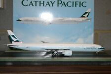 JC Wings 1:200 Cathay Pacific Boeing 777-300ER B-KQY (XX2486) Model Plane