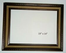 Solid Wood Picture Frame Collectibles > Decorative Collectibles > Vintage Frame
