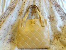 Authentic Chanel Beige Diamond Stitch Leather Tote CC Logo Hand Bag Purse T155