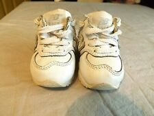 NEW BALANCE Toddler WALKING ATHLETIC Shoes SNEAKERS~Boy Girl Sz 2 WHITE Med