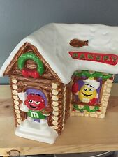 M&M CHRISTMAS BAKERY HOUSE