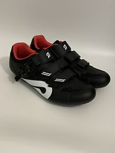 New Peloton Unisex Cycling Shoes With Cleats Size 43 US Men 10 / Women 12
