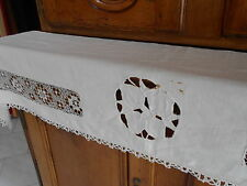 "Old French White Shelf Linen Edge w/ Lace 58"" long"