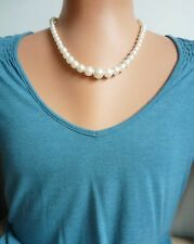 """Vintage 50's/60's style graduated pearly plastic bead necklace, ivory,18"""" (46cm)"""
