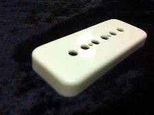 Montreux Time Machine #1041 Short Creme P90 Cover