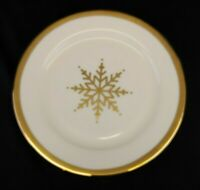 "NEVAEH WHITE by Fitz & Floyd, Grand Rim Gold Snowflake Salad Plate,9 3/4"" New"