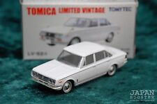 [TOMICA LIMITED VINTAGE LV-52a 1/64] TOYOTA CORONA MARK II 1900 DX (White)