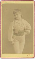 CDV circa 1875. Lhéry, danseuse aux Folies Bergères par Nadar. Danse.