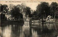 CPA Marcilly-en-Villette - Place d'eau du Chateau (271353)